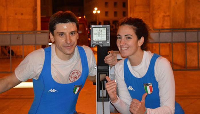 Andrea Carbone ed Eleonora Trivella festeggiano il record mondiale sui 100 km